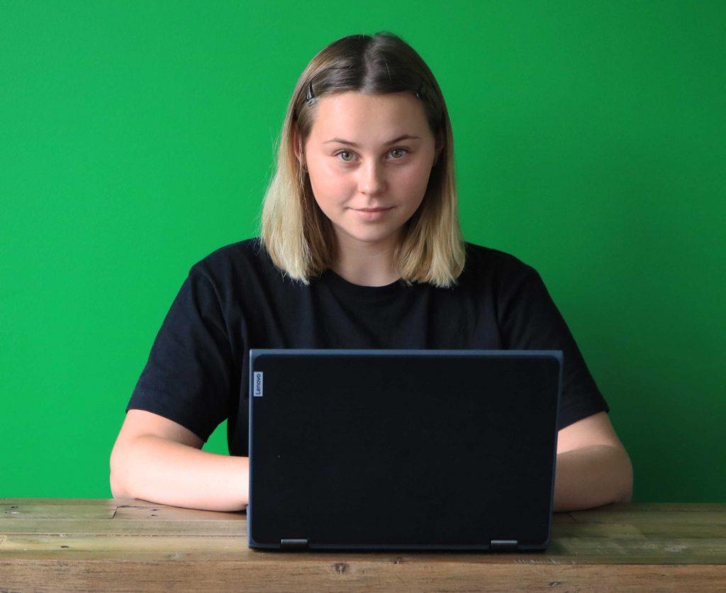 Elev med dator